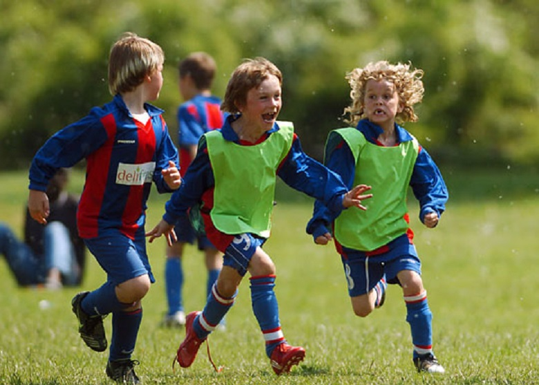 kids-football-coaching